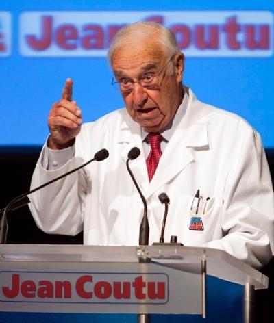Pharmaciens a l'ancienne au Canada | Esprit Logique